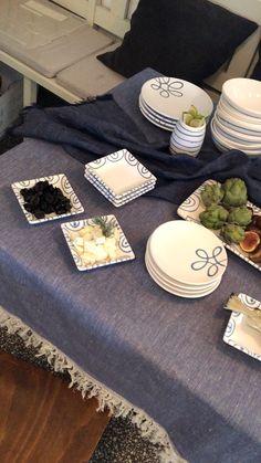 Ihr wollt eine Maritime Party veranstalten? Mit dem Design Blaugeflammt liegt ihr genau richtig #handgefertigt #handmade #pottery #tableware #deko #interior #inspo #madeinaustria #craftmanship #party