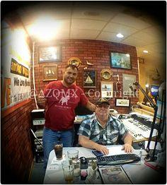 Munising, Michigan - Picturesque Rock 5 - Live Radio Station in the Restaurant -  Papi Aventuras en la Upper Peninsula de Michigan! ;) - #Tampico, #rosa, #rosas, #rose, #roses, #winter,  #vinter, #invierno, #Faldo,  #Dog, #bollywood, #india, #rajasthan, #budha, #buda, #Castle, #halloween, #Avion, #cafe, #coffee, #kahve, #kavhe, #China, #japan, #asian, #korea, #nicaragua, #tea, #cuba, #arab, #uae, #saudi_arabia, #muslim, #ramadan, #turk, #kurdish, #iranian, #persian, #pakistani, #hindi…