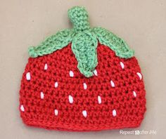 Crochet Baby Hats Repeat Crafter Me: Crochet Strawberry Hat Pattern Easy Crochet Hat, Bonnet Crochet, Crochet Simple, Crochet Kids Hats, Crochet Cap, Crochet Beanie, Crochet Crafts, Yarn Crafts, Crochet Projects