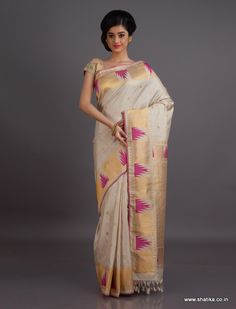 The fine weave , the opulent and generous of zari and the soft tone of the saree makes this Gadwal Saree especially pretty and pious. Gadwal sarees are renowned for admirable zari patterns and well-crafted pure silk kuttu borders and pallus. Exhibiting a remarkable trait of getting folded down to the size of a matchbox, our Gadwal Silk Sarees online have demand throughout the country.