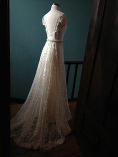 JULIE LONDON wedding dress + GALAXIA BELT (slim version)  from A MODISTA atelier https://www.facebook.com/a.modista