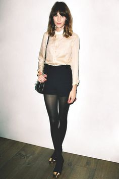 Alexa Chung is a fashion inspiration to so many girls. If she hadn't been dating one of favorite artists, I would have mentioned her before.