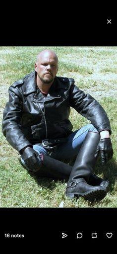 Motorcycle Leather, Leather Pants, Fashion, Leather Jogger Pants, Moda, Fashion Styles, Lederhosen, Leather Leggings, Fashion Illustrations