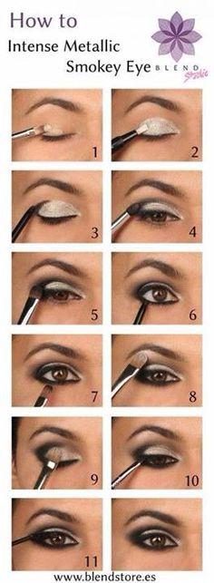 Metallic make up smokey eye