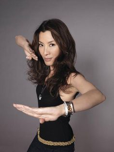 Michelle Yeoh As Poppy Beifong Michelle Yeoh, Martial Arts Movies, Martial Arts Women, Martial Artists, Bond Girls, Ipoh, Character Poses, James Bond, Art Poses