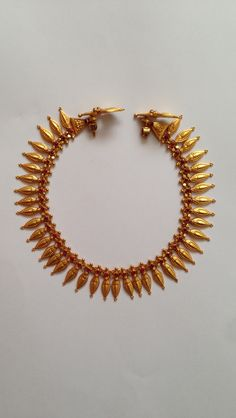 Antique Necklace 13 Gold Wedding Jewelry, Bridal Jewelry, Gold Jewelry, Jewelery, Jewelry Design Earrings, Gold Jewellery Design, Necklace Designs, Antique Jewellery Designs, Antique Jewelry