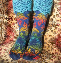 Ravelry: SunnyAmber's socks azhur-ot-scarlet