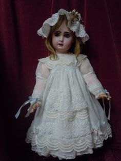 Exquisite antique muslin Dress w/ Cap for german french bisque doll