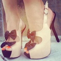 Cute heels with bows! #shoegameproper