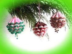 boules de Noël sur le sapin de Noël et nouvel an - YouTube