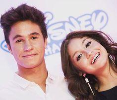 Awwwww Mike y Karol