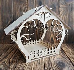 Laser Cutter Ideas, Laser Cutter Projects, Cnc Projects, Wooden Bird Feeders, Cnc Router Machine, Laser Art, Laser Cutting Machine, Wooden Stars, Animal Projects