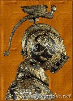 Stunning armor and helmet Helmet Armor, Arm Armor, Body Armor, Medieval Helmets, Medieval Armor, Medieval Fantasy, Armadura Medieval, Knight In Shining Armor, Knight Armor