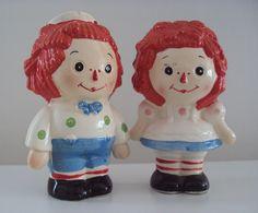 Raggedy Ann & Andy salt and pepper set