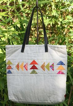 flying geese bag (back) by quiltcabin, via Flickr