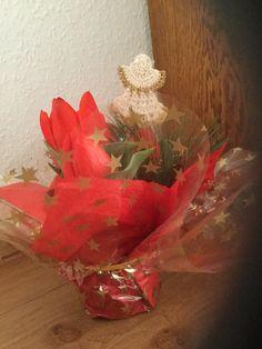Engelchen in Tulpen