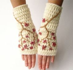 Hey, I found this really awesome Etsy listing at https://www.etsy.com/listing/114704330/wool-cherry-blossom-fingerless-gloves