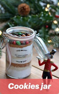 Offrez un cookies jar : le cadeau maison et gourmand idéale Kit, Alex And Ani Charms, Cookies, Personalized Christmas Gifts, Gourmet Gifts, Vintage Christmas, Crack Crackers, Biscuits, Cookie Recipes