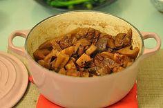 南乳蓮藕炆豬腩肉
