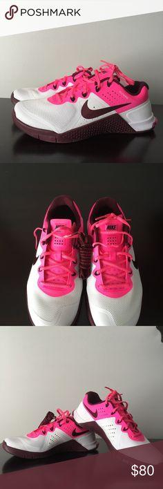 NIKE WOMEN'S METCON 2 NIKE WOMEN'S METCON 2 - WHITE / NIGHT MAROON / PINK BLAST / BLACK  Nike Shoes Sneakers