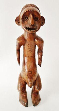 Statue masculine – Afrique Centrale – RDC ex-Zaïre - Bois dur avec belle