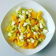Tag 39 Mittag: Paprika-Sellerie-Eier-Salat #hcg #swk #stoffwechselkur #strengephase #fit2016 #lowcarb #lowfat #healthy #highprotein #weightloss #food #eatclean #lunch #veggie #salad by diesalala17