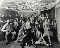 The Flapper Girl: Flapper party