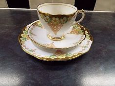 Roslyn Fine Bone China Trio 1940s Cup , Saucer & Plate