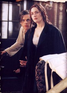 Rose and Jack in Titanic played by Leonardo Dicaprio and Kate Winslet Titanic Movie, Rms Titanic, I Movie, Kate Titanic, Titanic Kate Winslet, Kate Winslet And Leonardo, Kate Winslet 1997, Leo And Kate, Leonardo Dicapro