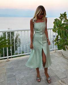 Cute fashion outfits ideas – Fashion, Home decorating Dress Outfits, Casual Dresses, Fashion Dresses, Summer Dresses, Classy Outfits, Trendy Outfits, Pretty Dresses, Beautiful Dresses, Cute Simple Dresses