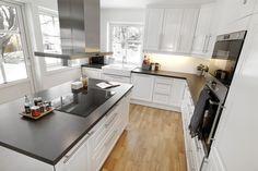 Øy i midten av kjøkkenet Zara, Kitchen, Home Decor, Cooking, Decoration Home, Room Decor, Kitchens, Cuisine, Home Interior Design