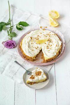 Mainio sitrustorttu Camembert Cheese, Mashed Potatoes, Sweet Tooth, Cheesecake, Eggs, Pie, Pudding, Baking, Breakfast