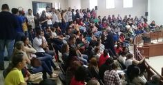 PREFEITURA x PROFESSORES http://blogdoronaldocesar.blogspot.com.br/2017/06/e-agora-vereadores-decidem-entre-o.html              CURTIU? COMPARTILHE