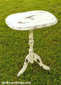 Chippy Chalk Paint Table Makeover