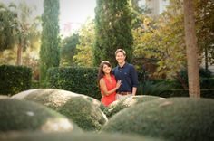 Downtown Charleston wedding engagement from Peach Blossom Photography