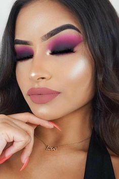 I used to do this look all the time! Matte pink and purple smokey eye. ᵛᴬᴿᵀᴬᴾ✨ #HowToDoEyeshadow Sexy Smokey Eye, Smokey Eye Makeup Look, Blue Eye Makeup, Pink Eyeliner, Eyeliner Looks, Nude Lipstick, Ruby Rose, Cute Makeup, Makeup Looks