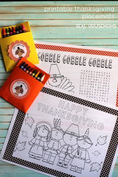 Keep the adorable children in your life occupied during Thanksgiving dinner with these PRINTABLE THANKSGIVING PLACEMATS!