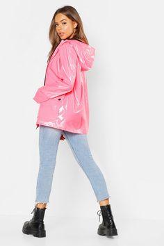 Patent Festival Mac Pink Raincoat, Girls Raincoat, Raincoat Jacket, Plastic Raincoat, Nylons, Vinyl Clothing, Rainy Day Fashion, Neue Outfits, Jackets