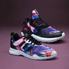 NOVINKA - ADIDAS ORIGINALS Novinek je stále víc a víc a jsou lepší a lepší. Představujeme vám Florea Sneaker Boutique Pack a v něm Tubular Runner a Zx Flux Smooth v barvách, který vás nadchnou.