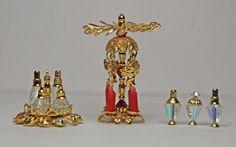"""Gewürzständer für Essig und Öl & Salz und Pfeffer - Weihnachtspyramide - Parfümflakons (""""Bausätze"""" aus Perlen und Perlenkappen) Die Bausätze sind von der Firma Bindels Ornaments"""