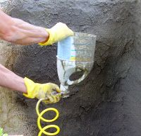 Low Rent Renaissance: homemade mortar sprayer for finishing papercrete garden wall project Concrete Casting, Concrete Molds, Concrete Fence, Concrete Art, Concrete Projects, Outdoor Projects, Concrete Cloth, Stucco Sprayer, Fake Rock