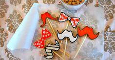 ugar cookies,decorated cookies,father's day cookies,decorating cookies,sugar cookie recipe,mustache cookie,bow tie cookie,تزيين البسكويت