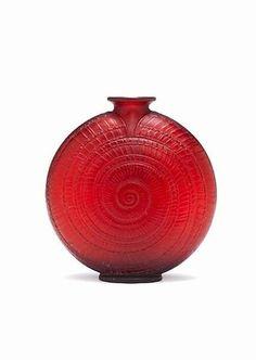 René Lalique - 'Escargot' a Deep Red Glass Vase, design 1920