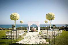 http://disenodejardines.com/2015/10/jardines-para-bodas-ideas-para-decorar-jardines-para-bodas/