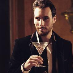 #gentlemen #martini #britishgq #mensblog #mensfashionweek #lfw #lcm #britishfashion #suit #sartorialist #menstyle #gq #esquire #details #style #picoftheday #ootdmen #beardedmen #malemodel #menwithstyle