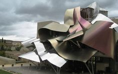 50 Shades of Wine. The sexy side of architecture.