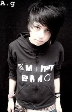 Emo Teenage Boy | View Full Size | More emo hairstyle for teenage boys cool men s ...