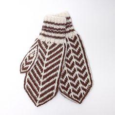 Lusevottene er myke votter strikket i herlig alpakka-garn. Perfekt på kalde vinterdager!