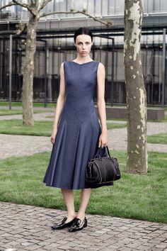 Hugo Boss croisière 2015 #Minimalist #Minimalism #Fashion