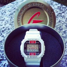 G SHOCK DW5600EH